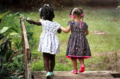b2ap3_thumbnail_girls-462072_640.jpg
