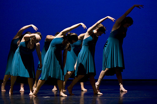 A_contemporary_dance_performance_Rage_Box_Contemporary_Dance_Center.jpg